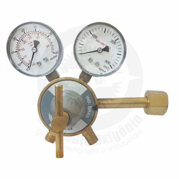 Regulador de pressão para CO2 industrial